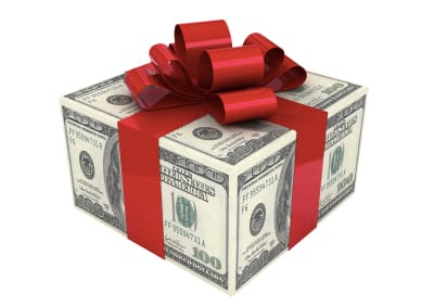 tax-gift-01-16296ace91c86236e57edee42a158f11cadbaece